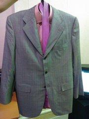 костюм kiton 30000руб
