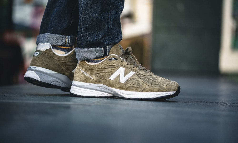 new-balance-m990cg4-olive-grey-641021-60-20-mood-3.jpg